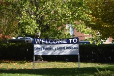 A banner stands along Maple Street to welcome families and friends of Lasell students. Photo by Jackie Colombie